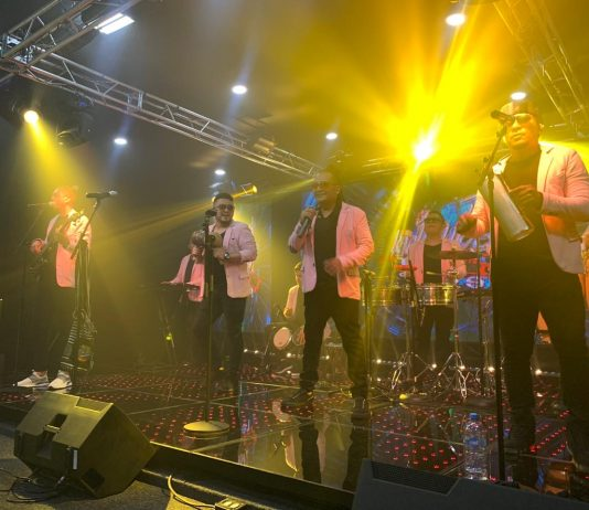 Grupo Kachimba en Titanio TV