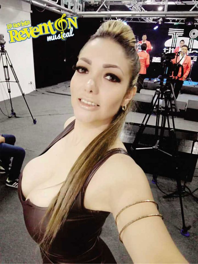 Evy Rosales Conductora de Takon Madre